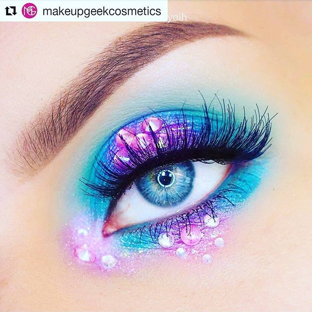 From Instagrammer: @makeupgeekcosmetics & @syoih Mermaid inspired make-up For more ........... follow me on Instagram xx