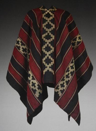Poncho pehuenche lana de oveja pura hilado manual,tejido en telar aborigen