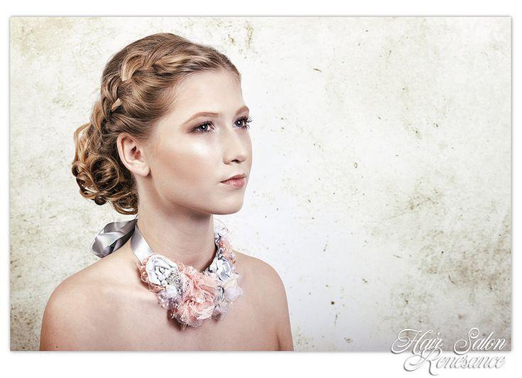 Společenský účes a vizáž Eva Chmelíková