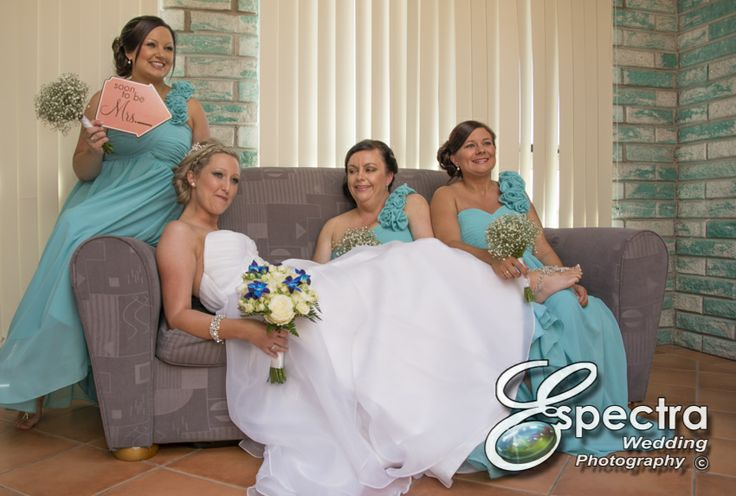 Last minute details are complete! Stacey with her fabulous bridesmaids.