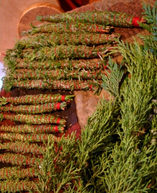 Crafting evergreen smudge sticks knot each wrap around , so as the smudge burns - it holds the rest together ... I've bought some that were not knotted and it became a loose mess...