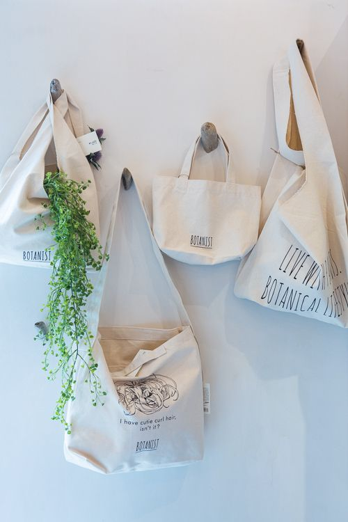 Limited Edition Tote Bags  Botanist  #bag #botanical #tote #cotton #japan #limitededition #botanist #green #plants #earth #botanical #shampoo #bath #japanese #brand #Japan #body milk #body lotion #skin care #natural #lifestyle #slow living #nature #organic #made in japan
