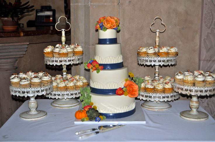 fall wedding cakes with cupcakes fall wedding cake and cupcakes navy blue and orange 14171