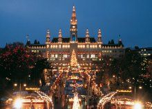 Advent a teljes pompájában csillogó Bécsben, a világhírű Madame Tussaud Panoptikum meglátogatásával