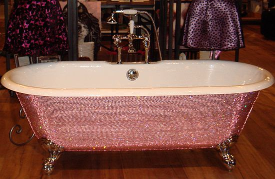 totally blinged bathtub... maybe for the guest house? :-): Pink Sparkle, Bath Tubs, Diamonds Bathtubs, Crystals Tubs, Clawfoot Tubs, Swarovski Crystals, Swarovski Bathtubs, Pink Bathtubs, Bling Bling