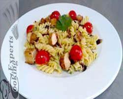 Σαλάτα ζυμαρικών! http://www.cookex.gr/salata-zymarikon/