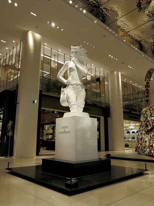 Pop The Bag exhibition, Printemps du Louvre Opening, author: Kordian Lewandowski, producer: van den blocke // #Printemps, #Carrouseldulouvre, #Paris, #Louvre