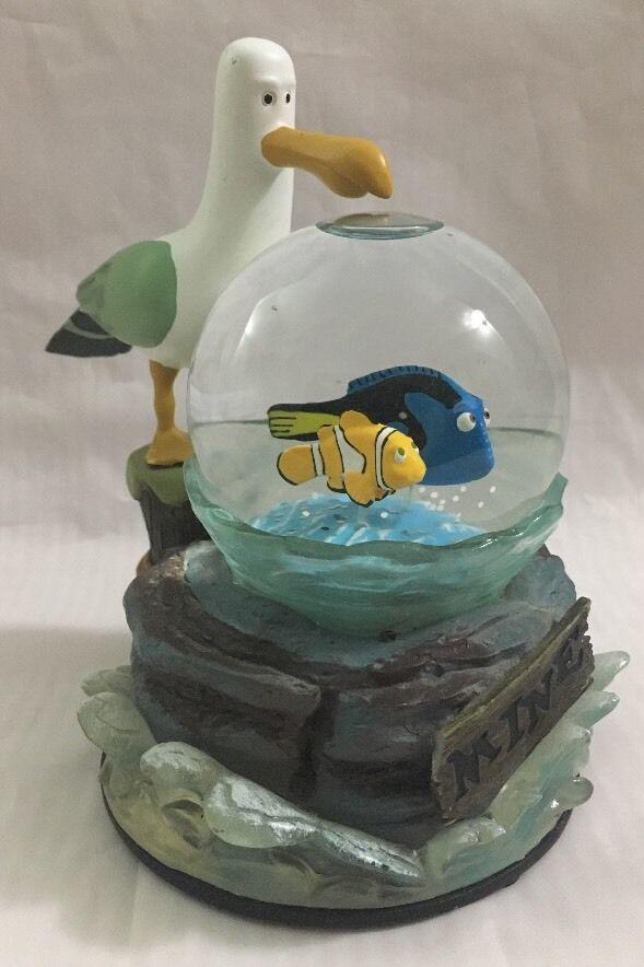 Disney Parks Finding Nemo Mine Water Globe Clownfish Seagull Marlin Dory  #Disney