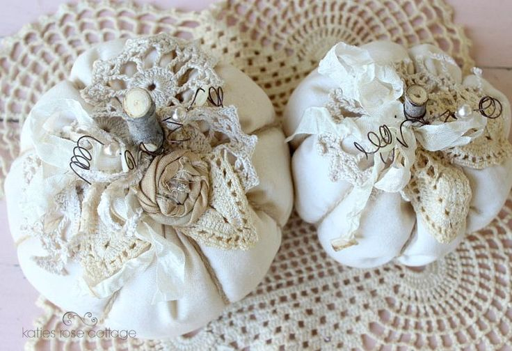fabric pumpkins with vintage lace | fabric pumpkins ...