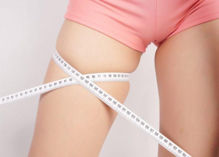 Πολλές γυναίκες θέλουν λεπτότερους μηρούς, αλλά οι αλλαγές στη διατροφή και κάποιες απλές ασκήσεις δεν φέρνουν πάντα το αποτέλεσμα που θέλετε. Ευτυχώς η ει