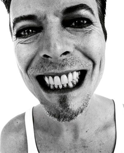 show me your teeth.Music, Beautiful Bowie, Davidbowie, Bowie Baby, Amazing Photography, Famous People, Favorite Bowie, Bowie Photos, David Bowie
