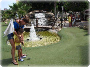 visita nuestro mini golf en fuengirola para todas las familias