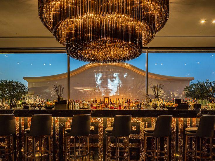 Phased refurbishment while in operation of Majid Al Futtaim's flagship hotel asset, the 5* Kempinski Hotel - Bar