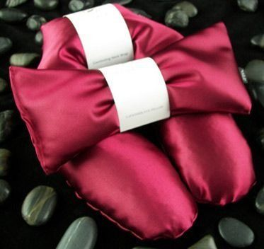 Satin Unscented Flax Seed Neck Wrap with Free Unscented Eye Pillow - Ruby Color by Spa Wraps. $19.95. An amazing value at 50% off. Our Spa Wraps Healing Comfort Unscented Flax Seed Neck Wraps offer ultimate in pain and stress relief. Soothing warmth simply melts away pain, tension and stiffness from neck, back and shoulder areas leaving your body refreshed, relaxed and renewed. Enjoy your free Spa Wraps Tranquility Unscented Eye Pillow - our gift to you provides tot...