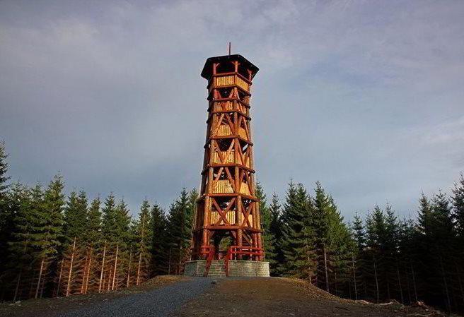Kudy z nudy - Rozhledna na vrchu Miloňová