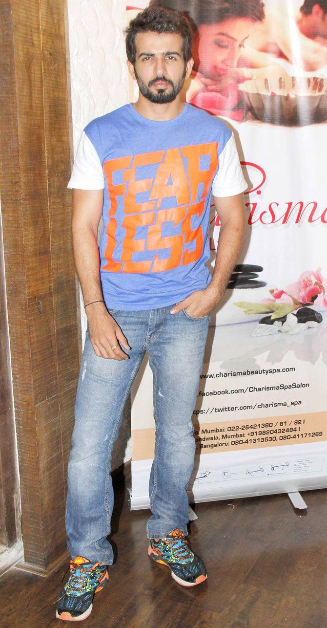 Jay Bhanushali at a spa's success bash. #Bollywood #Fashion #Style #Handsome
