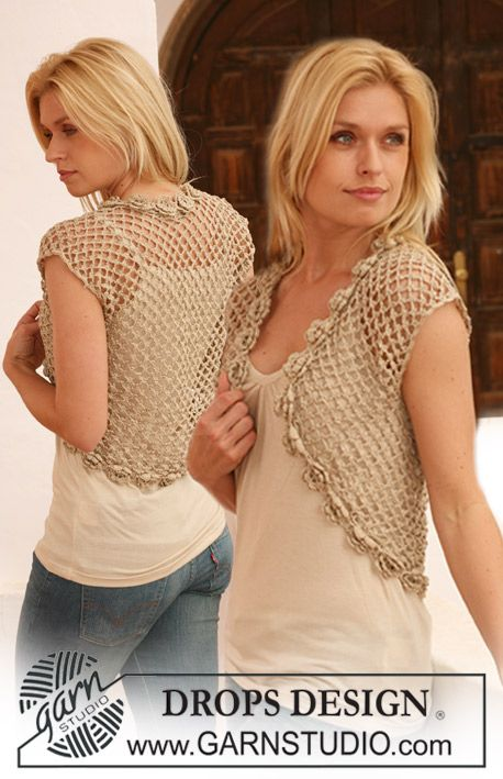 "Crochet DROPS bolero in ""Cotton Viscose"" with flower border round the opening. Size S - XXXL. ~ DROPS Design"