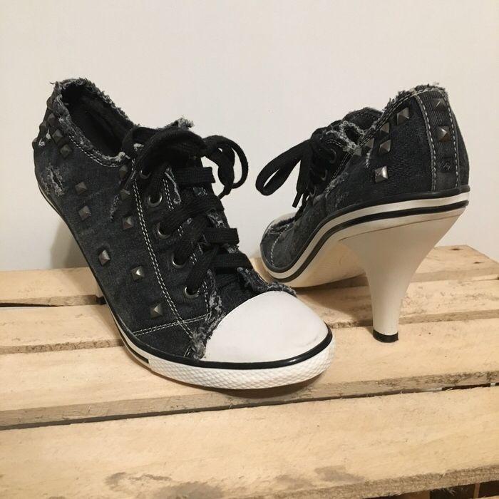 Mein Venice hohe Schuhe Größe 42 von Deichmann! Größe 42 für 8,00 €. Sieh´s dir an: http://www.kleiderkreisel.de/damenschuhe/hohe-schuhe/140441812-venice-hohe-schuhe-grosse-42.