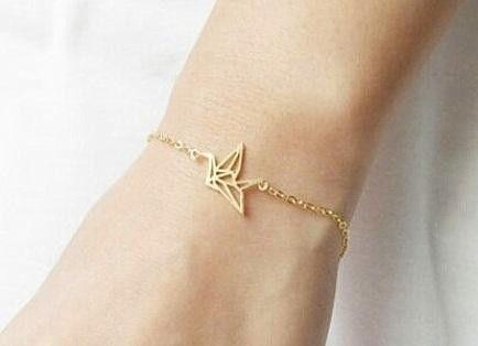 Armbänder - Origami Kranich Armband vergoldet - ein Designerstück von kechido bei DaWanda
