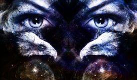 Het schilderen adelaars met vrouwenogen op abstracte achtergrond en Yin Yang Symbol in ruimte met sterren Vleugels om te vliegen Royalty-vrije Stock Foto's