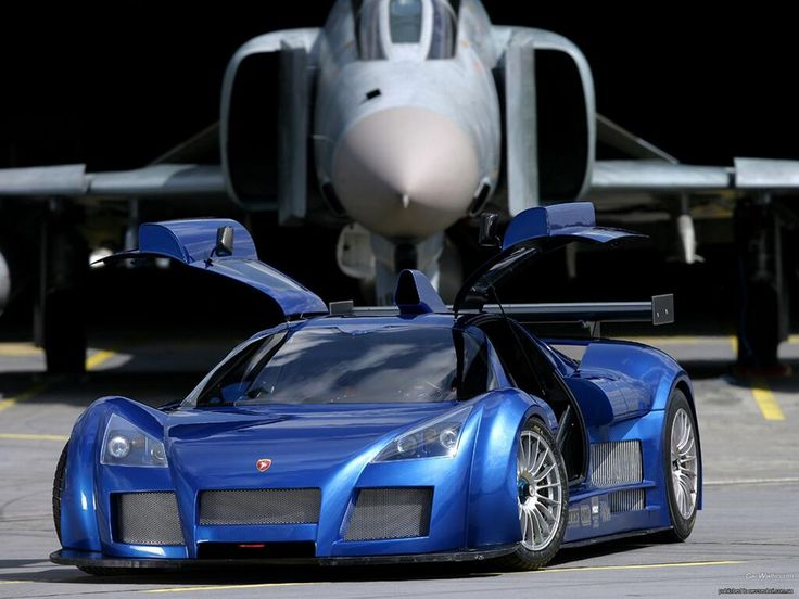 The Gumpert Apollo 800hp in Action – 270km/h Onboard! Read more: http://www.ltd-cars.net/archives/the-gumpert-apollo-800hp-in-action-270kmh-onboard.htm… --