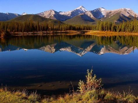 """Golden Autumn"" Kananaskis, Alberta photo of ""Forgetmenot Pond in Kananaskis Country"" by IgoUgo travel photographer, Rafal."