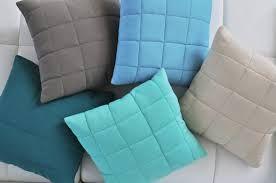 Znalezione obrazy dla zapytania ozdobne poduszki na łóżku