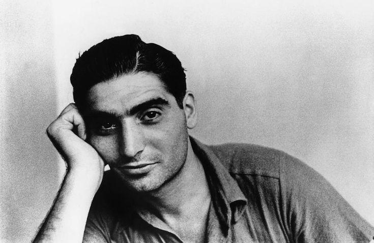 Gerda Taro #photography @Qomomolo - Ritratto di Robert Capa, Parigi 1935