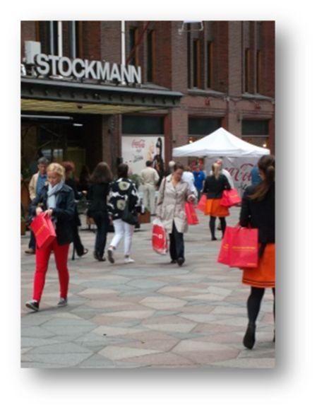 Stockmannin edustalta löytyi kiinnostunutta kohderyhmää. #somena