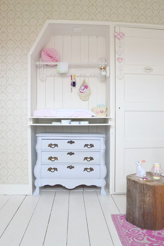 FRIVOLE nursery ❥ #wallpaper #pastels #dresser #white floor #green #pompoms #baskets #tree trunk