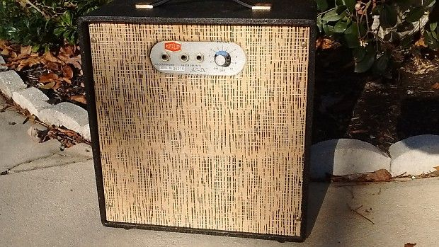 Vintage 1957 RCA Victor Royalist AC/DC Tube Combo Amplifier - | Reverb