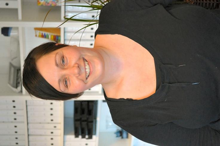 Anja Magnussen fra Flair Regnskab - Anja er ansat som bogholder og kan hjælpe mindre virksomheder med at få bogført deres regnskab.  Læs mere om Anja's arbejde her: www.flair-regnskab.dk/bogholder