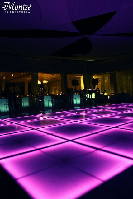 I want this Dance Floor!!