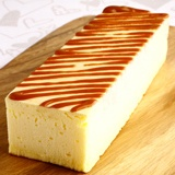 Fondant cheese cake is an innovative sweet which heated in a microwave. エコール・クリオロ フォンダン・チーズケーキ