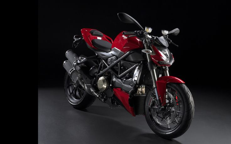 Street Fighter Ducati - https://www.highdefwallpaper.com/motorcycles/street-fighter-ducati/