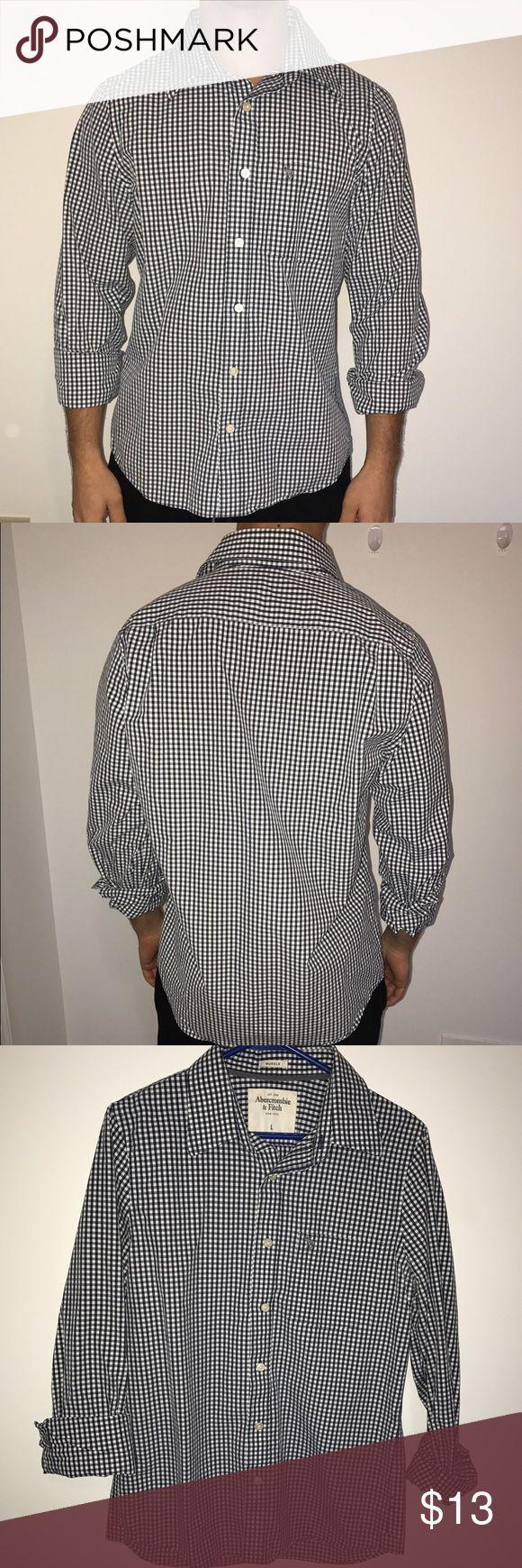 Abrrcrombie dress shirt Lightly worn Abercrombie dress shirt. Runs small- fits a medium or even a larger small. Abercrombie & Fitch Shirts Dress Shirts