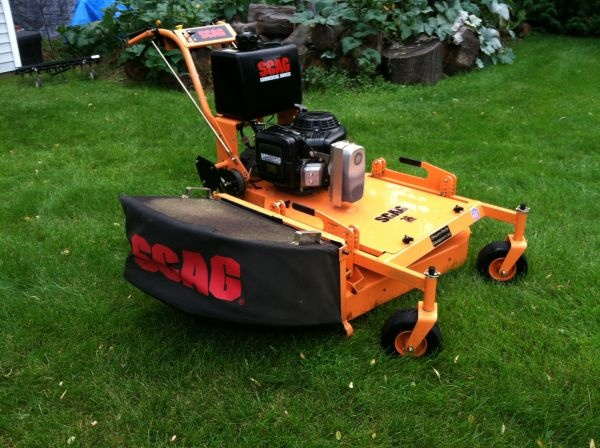 """33"""" Scag commercial mower. It's either this or a rider (zero turn, maybe). Dig it."""