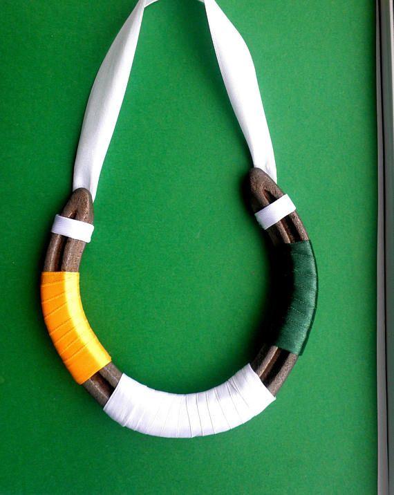 Check out this item in my Etsy shop https://www.etsy.com/uk/listing/544647386/irish-flag-on-an-irish-horseshoe-genuine
