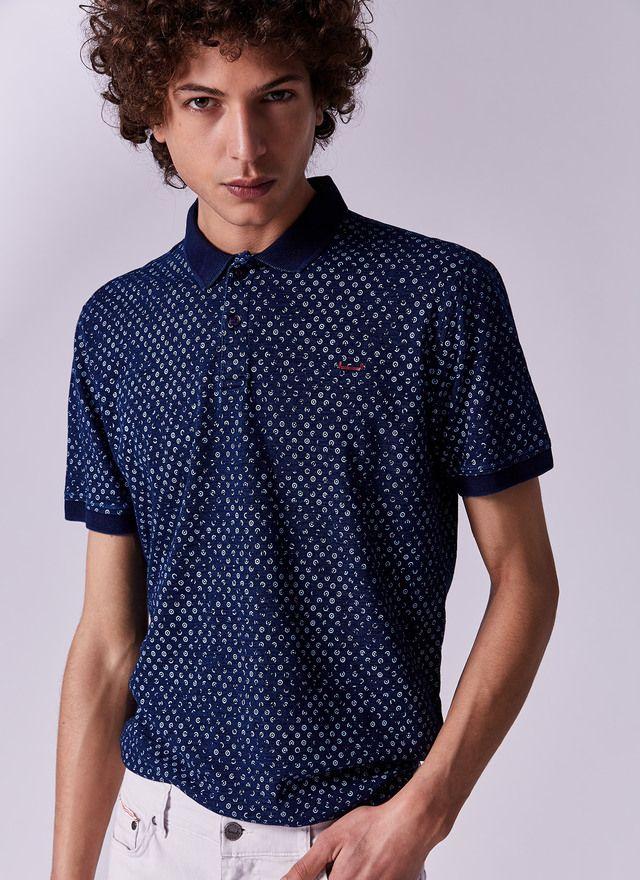 8e18817374f6 Polo índigo con estampado - Camisetas y polos | Adolfo Dominguez shop online