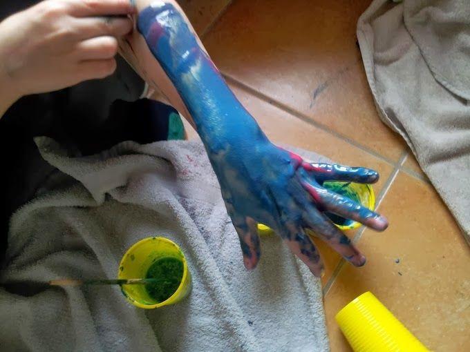 Pinturas para la cara y el cuerpo caseras. - Manzanaterapia