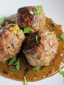 ... al Azafran - Delicious Meatballs Served as Tapas in a Saffron Sauce