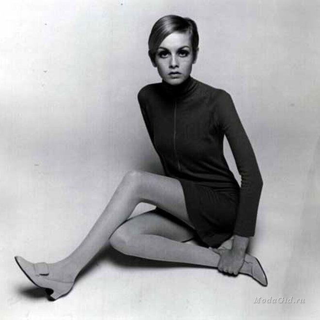 Мода и стиль: Водолазка: актуальные модели осени и зимы 2015, советы по стилюЕще одной поклонницей водолазки эпохи 60-х была Твигги. Она отдавала предпочтение сочетанию с мини-юбкой,  платьями-трапециями без рукавов и туфлями Мэри Джейн.