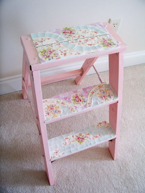 Shabby Chic Little Ladder