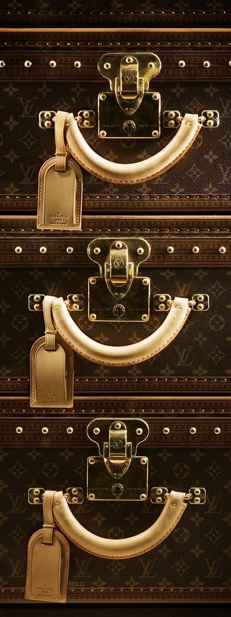 #Louis - #Luxurydotcom