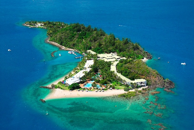 Daydream Island in the Whitsunday Islands, Australia...absolute paradise!