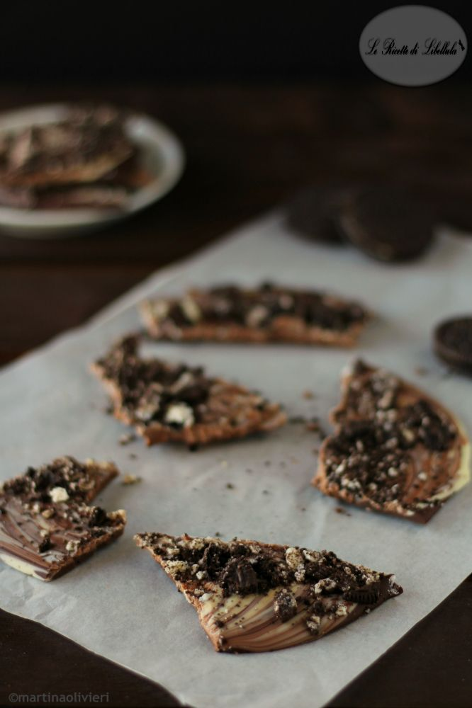 Oreo chocolate bark