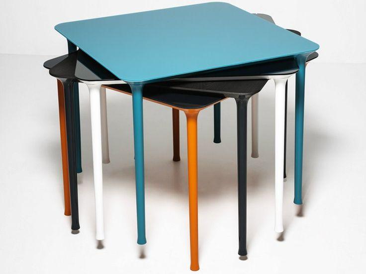 Stackable square die cast aluminium table Spindle by Tacchini Italia Forniture | design Gordon Guillaumier Tavolo ⁄ Table L 90 × P 90 × H 73 cm L 145 × P 70 ⁄ 145 × H 73 cm L 185 ⁄ 240 × P 95 × H 73 cm