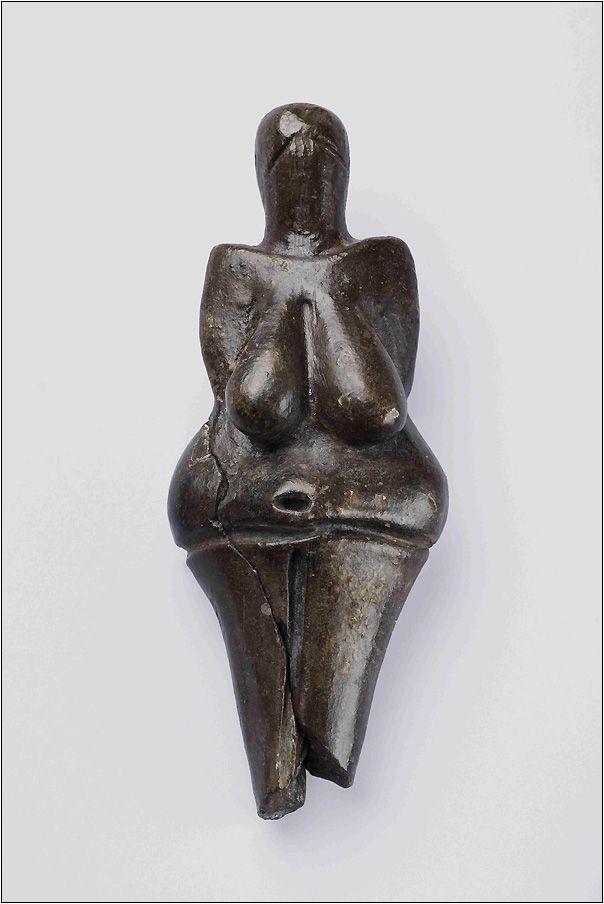 Венера Вестоницкая 29-25 тыс. лет назад, обожженная глина