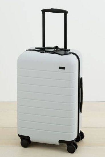825683344885 Smart Luggage With Removable Batteries