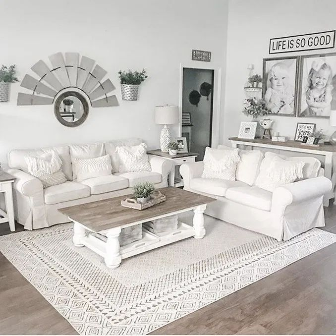 42 farmhouse living room ideas 25 #farmhouse #livingroom #livingroomdecor | Home Design Ideas